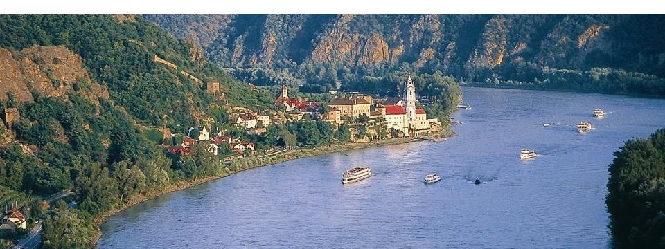 Wo die Donau fließt und man genießt